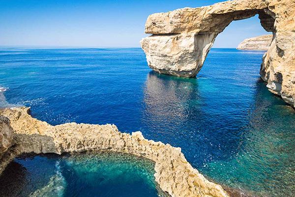 ประเทศอิตาลีและความสัมพันธ์ระหว่างประเทศ Malta